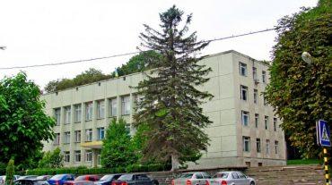 Почаївські депутати проти кременецьких чиновників