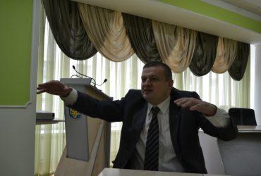 Як громадські активісти з поліцією наводять порядок на Тернопільщині