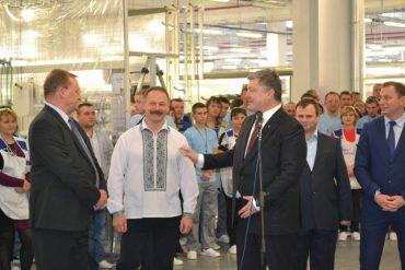 Зеленський переміг Порошенка на Тернопільщині навіть в окрузі улюбленого нардепа президента