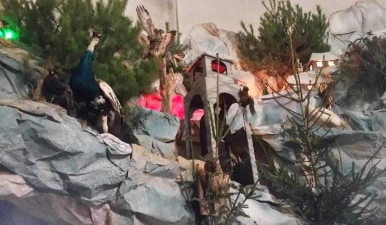 До 15 лютого можна побачити найбільшу різдвяну шопку України