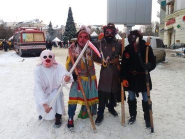 Окрасою параду вертепів в Тернополі став квартет чортів і жидів з Ренева