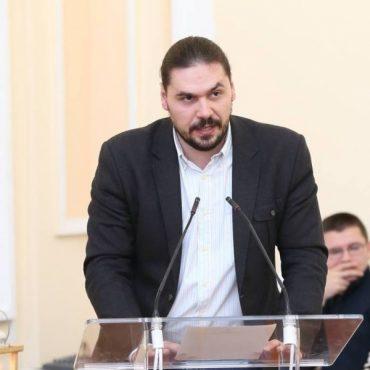 Депутат Тернопільської міської ради Шкула хоче витратити на благодійність один мільйон гривень