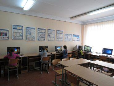 У школі села Озерна встановили 10 комп'ютерів