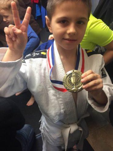 Тернополянин Назар Машлянка виборов золоту медаль з дзюдо на клубному чемпіонаті в Нью-Йорку