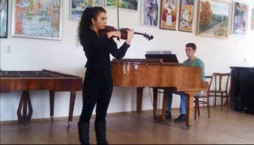 Тернопільські першокурсники факультету мистецтв перемогли у конкурсі молодих виконавців у Вінниці