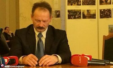 Нардеп Олег Барна зганьбився у фейковому засіданні антикорупційного комітету