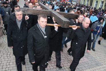 Розпорядок хресних ходів у великому пості на Тернопільщині
