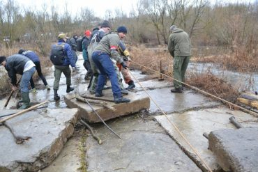 Громадськість Тернопільщини рятує річку Збруч