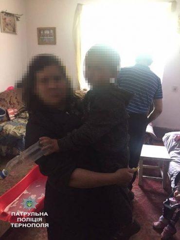 Патрульні повернули 4-річну дитину, яка загубилася