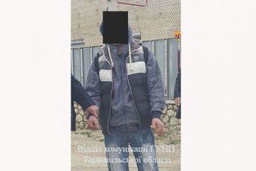 Чоловіка, який грабував жінок та дітей у Тернополі, затримали