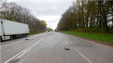1 травня іномарка збила чоловіка біля Вільшанки