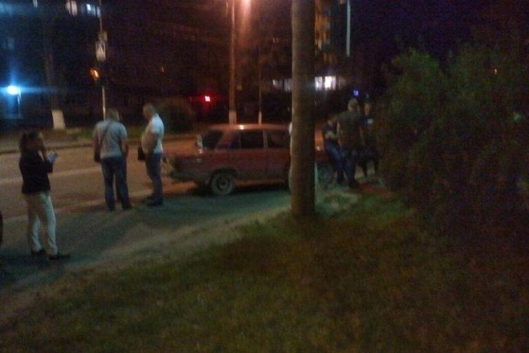 Працівники поліції вимагали хабар за не складання протоколу