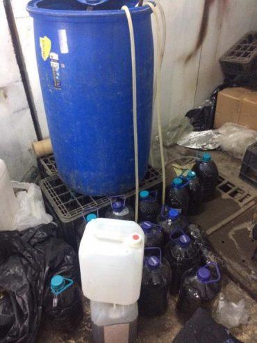На Тернопільщині припинено діяльність підпільного цеху з виготовлення алкогольних напоїв