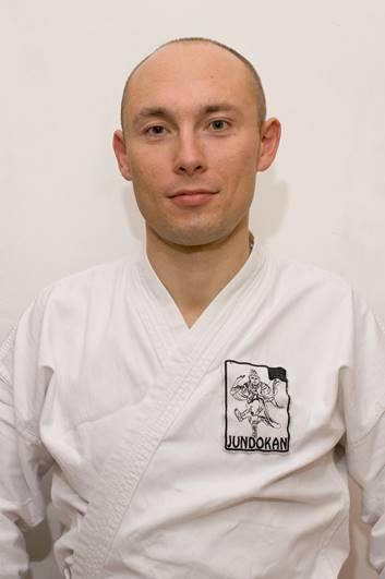 У зоні АТО загинув відомий спортсмен, каратист Тарас Білоцький