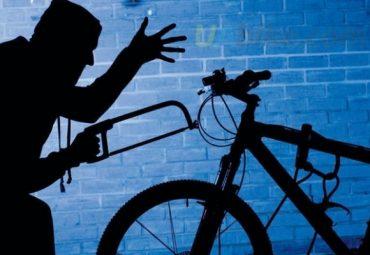 Поліцейські у Тернополі впіймали велосипедного злодія