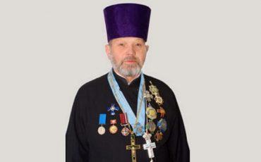 Священик УПЦ МП закрив церкву перед труною із загиблим воїном АТО