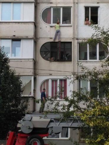 Тернополянка хотіла накласти на себе руки, але врятували сусіди і пожежники