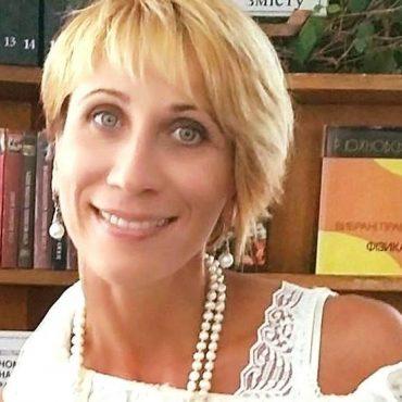 Науковець з Кременця Ірина Скакальська врятувала зайченя