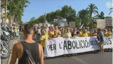 Чи потрібен тернополянам бездумний розвиток туризму: у Барселоні місцеві мешканці провели акцію проти туристів