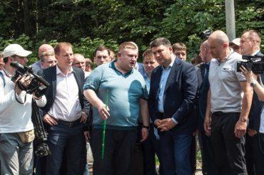 Як Степан Барна та Богдан Юлик знищують дороги на Тернопільщині