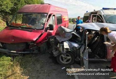 У аварії на Тернопільщині загинуло двоє людей та травмувалися неповнолітні