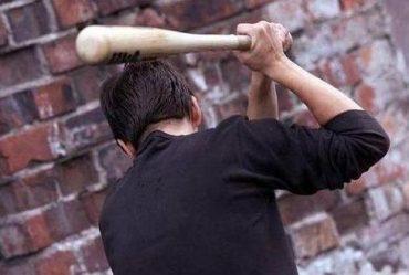 Патрульні затримали учасників бійки з бейсбольною битою