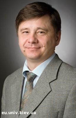 Науковець Олег Божко зі столичного університету шокував істориків комуністичним світоглядом