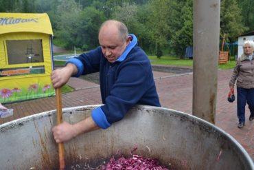 8 жовтня у Тернополі знову п'янка: на Театральному майдані будуть варити яйця 800 биків