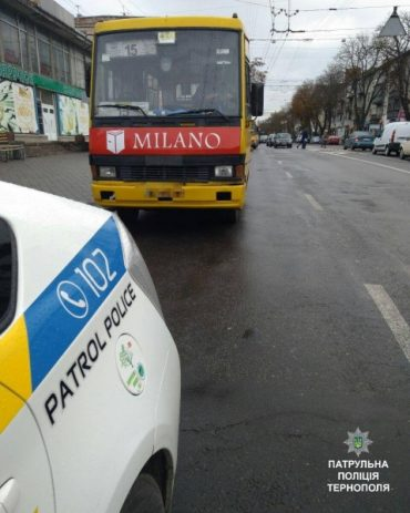 Патрульні оштрафували водія маршрутки