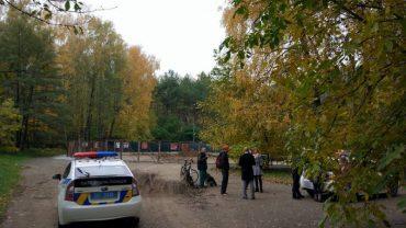 У парку Національного відродження громадські активісти не дали проводити земельні роботи