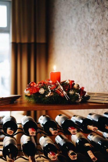 Зустрічайте Новий Рік із сім'єю ресторанів Файного Міста! Гучна вечірка для великої компанії та новорічне меню вже чекають на Вас!