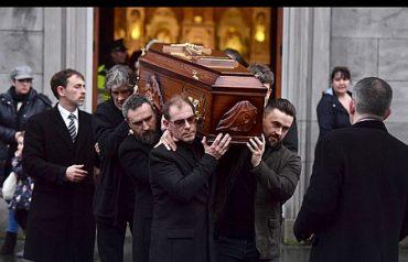 В Ірландії триває триденна жалоба за солісткою гурту The Cranberries