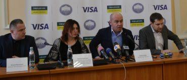 Visa з Ощадбанком запустили в Тернополі систему оплати проїзду банківськими картками
