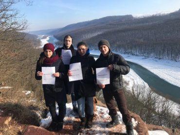 Молодь села Костільники проти будівництва ГЕС на Дністрі