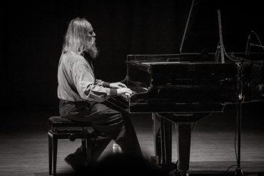 До Тернополя приїде найшвидший піаніст світу