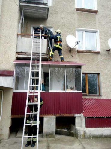 У Бучачі рятувальники допомогли бабусі