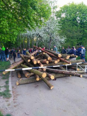Під час акції протесту тернополяни прирівняли міського голову Сергія Надала з Путіним