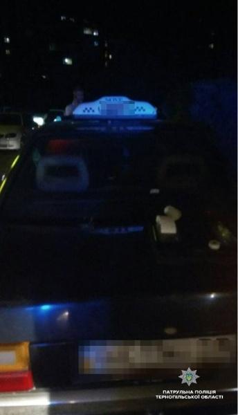 У Тернополі впіймали п'яного таксиста