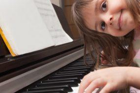 7 плюсів заняття музикою