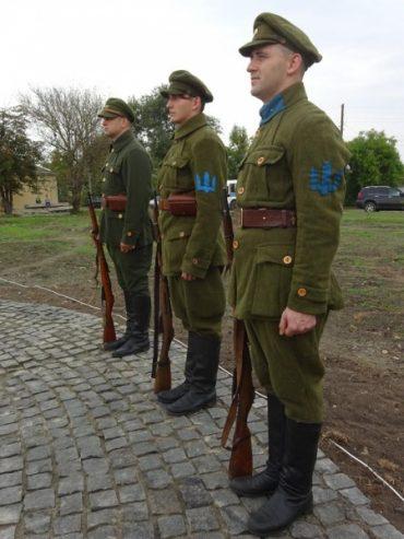 Сьогодні у Ланівцях перепоховають воїнів УНР