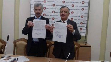"""""""Конгрес Українських Націоналістів"""" та """"Організація Українських Націоналістів"""" об'єднуються"""