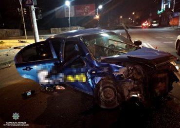 У Тернополі вранці сталася аварія: 32-річний водій LEXUS здійснив зіткнення з автомобілем CHEVROLET AVEO