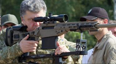 Геннадій Друзенко та Олег Жданов про військовий стан та вигоду Петру Порошенку