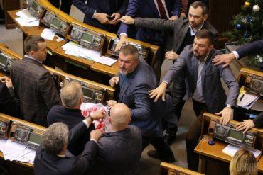 У Верховній Раді побилися депутати Опоблоку і коаліції