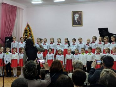 Петро Порошенко хоч і завадив концерту юних тернопільських музикантів, але свято відбулося