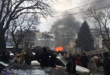 """У Тернополі закриють """"шанхай"""" на Театральному майдані лише після вибухів та пожежі?"""