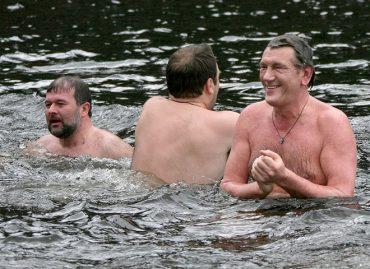 Чи обов'язково купатися на Водохреще в ополонці?