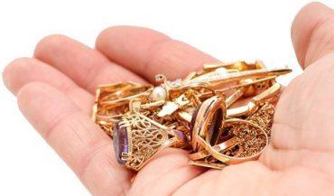 """У Сухоставі наївний чоловік купив """"циганського золота"""" на 15 тисяч гривень"""
