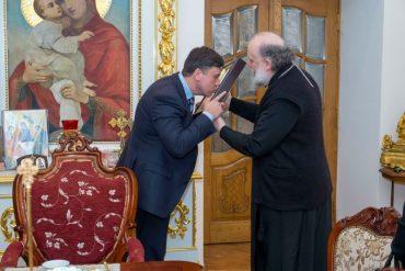 """Колишній губернатор Тернопільщини Хоптян разом з дружиною """"засвітився"""" з Соловйовим"""