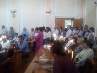 """Як """"напрацювалися"""" депутати та мер Надал на останній сесії Тернопільської міської ради"""